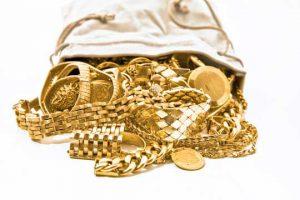 Ein Beutel Gold mit Erbschmuck & Familienschmuck