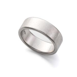 Ankauf von Ehe- und Partneringen aus Platin.