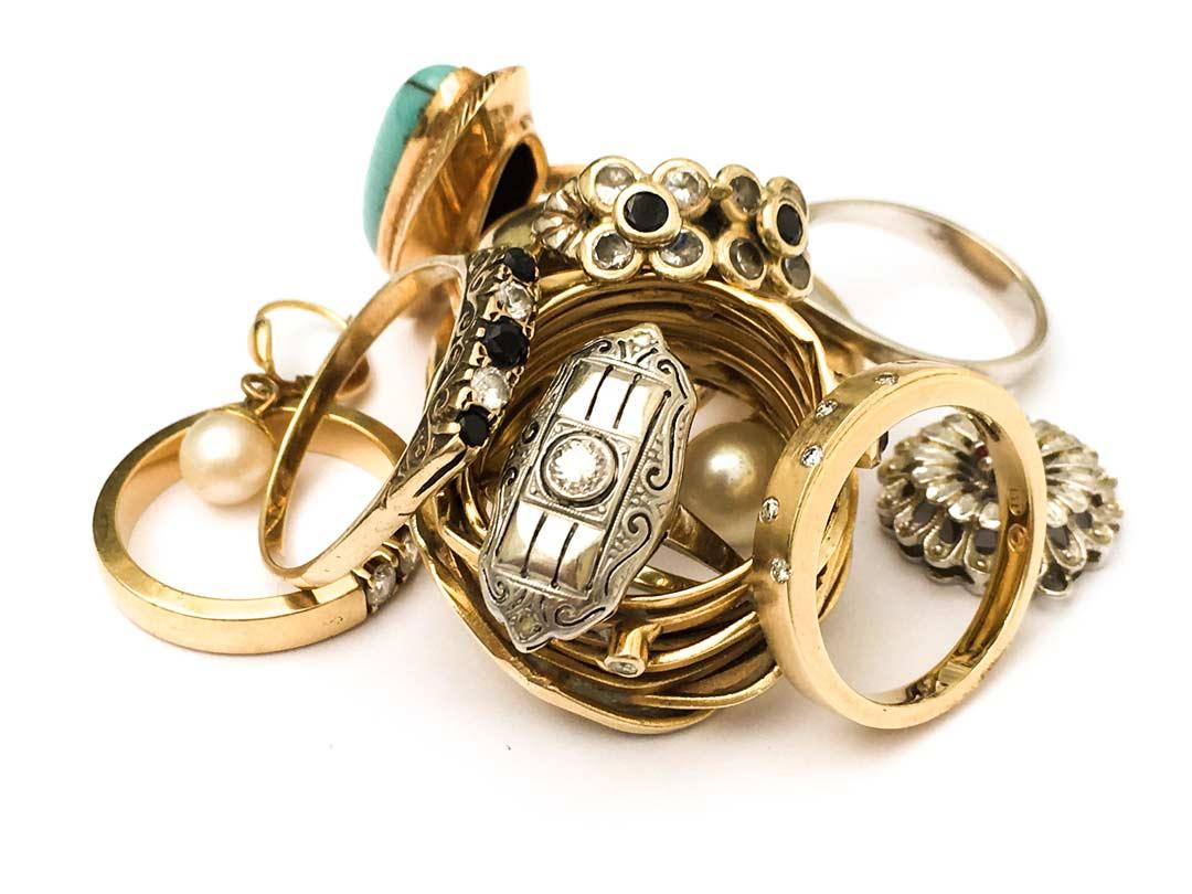 Schmuck Ankauf von alten ringen und Armbändern beim Gold Ankauf