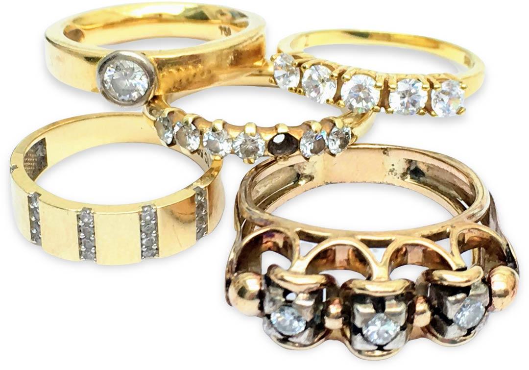 Goldringe mit Steinen